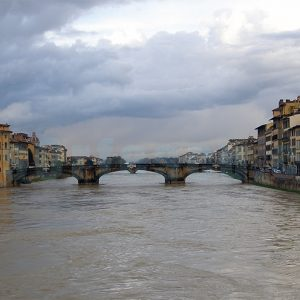 Bridge_over_Arno_after_Sunset–Florence
